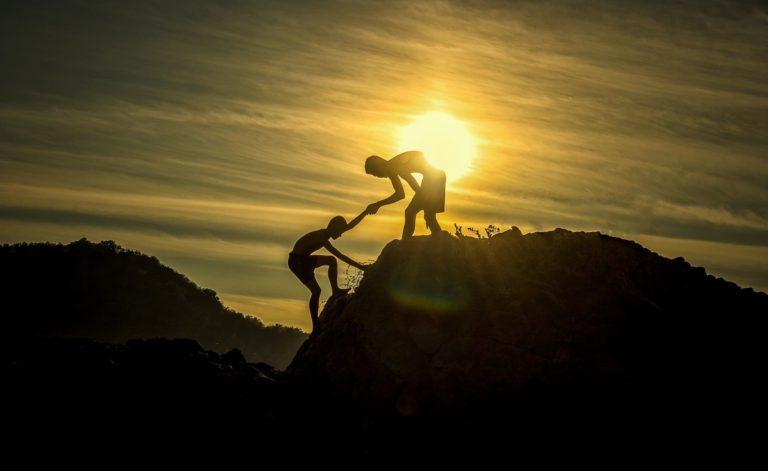 communiquer | équipe | formation | entraide | cohésion